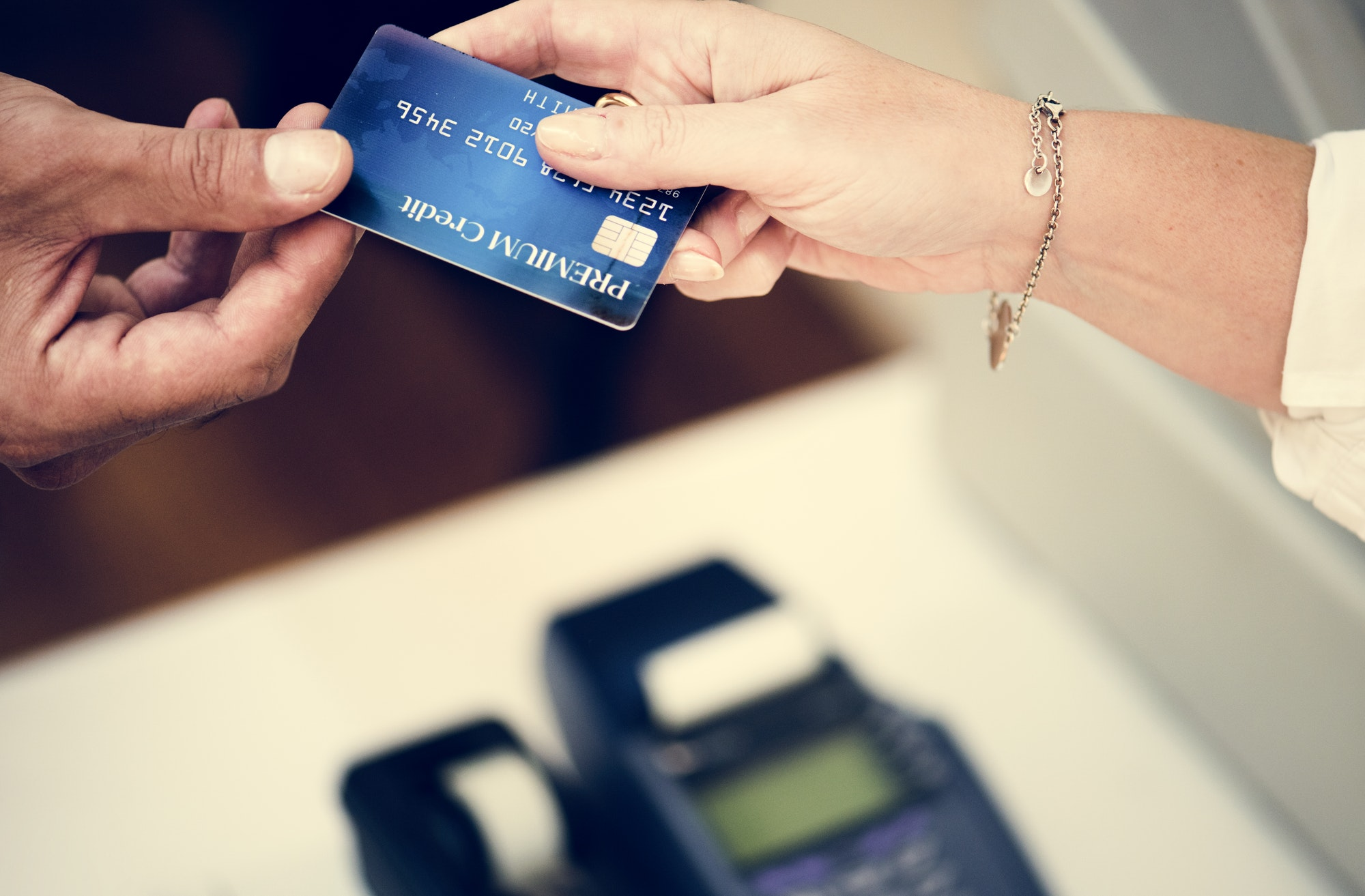 how is credit score evaluated in the US